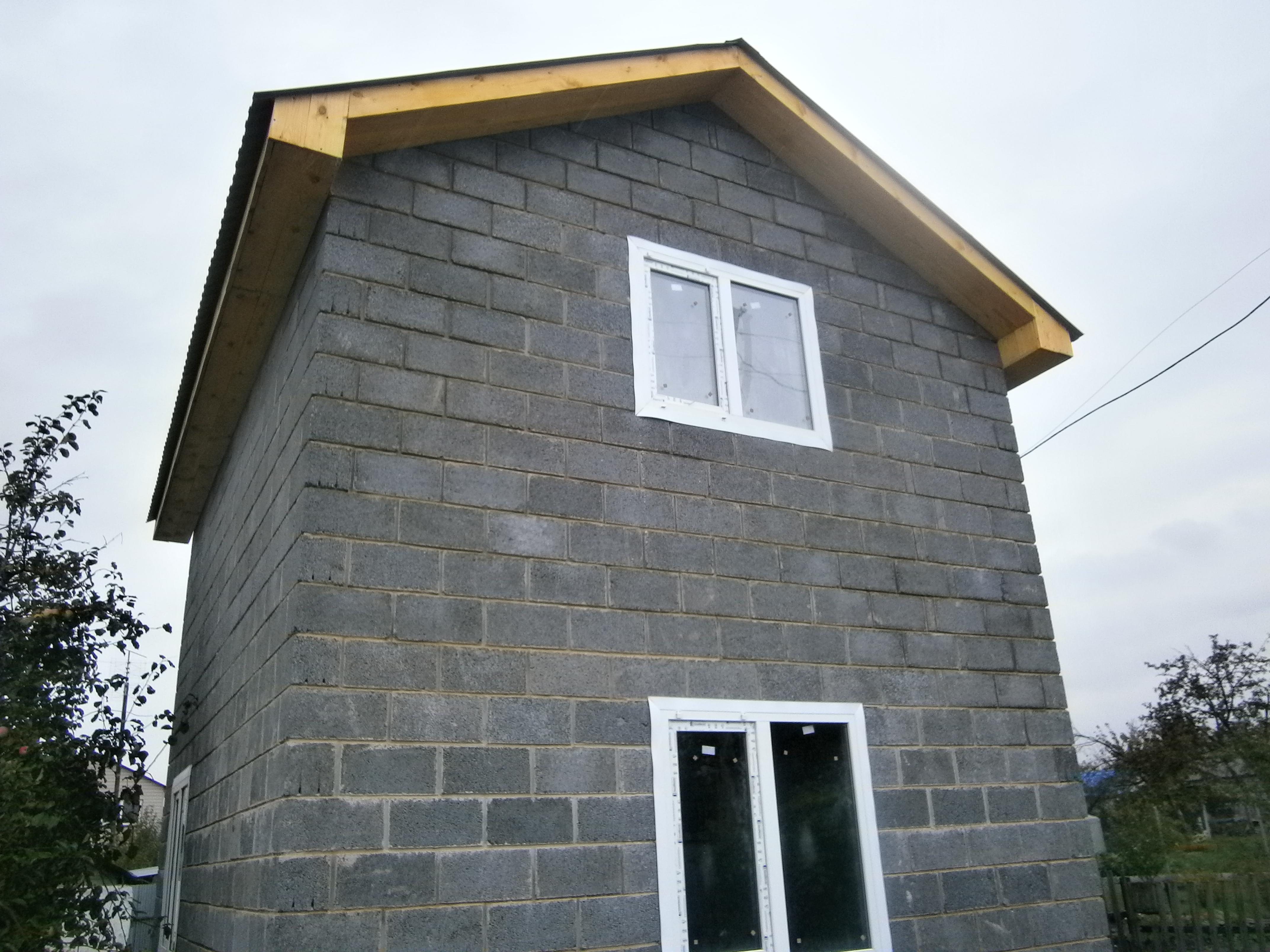 Дом из керамзитобетона с мансардой купить глубинные вибраторы для бетона в нижнем новгороде